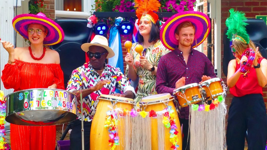 5 members UK is the Best Caribbean Steel Drum Band Entertainment you Can Book Call 07944432649